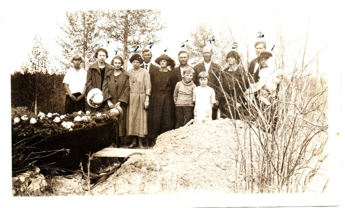 ole-hoels-funeral-1925